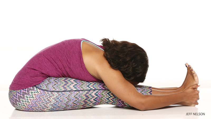 5 Ways to Warm Up for One-Legged King Pigeon Pose | Yoga ...