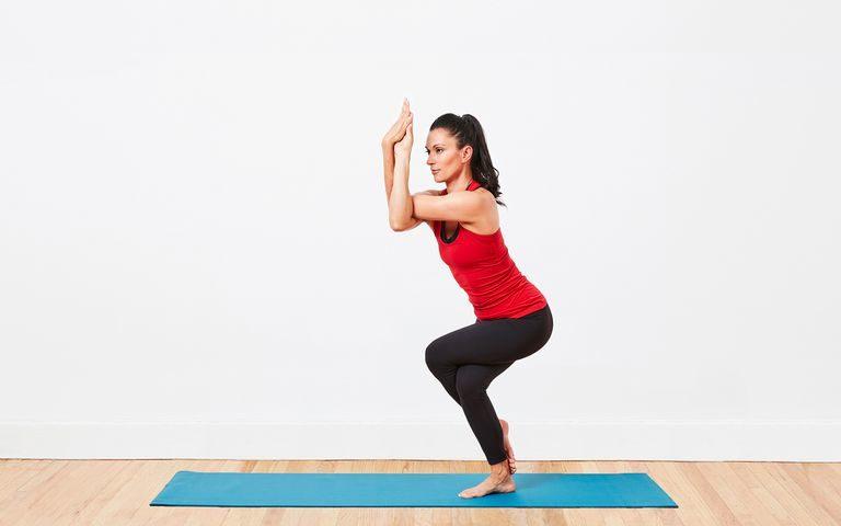 What are the health benefits of Garudasana (Eagle Pose)