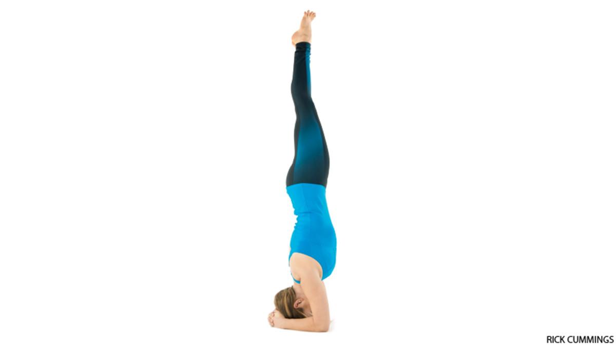 Challenge Pose: Supported Headstand (Salamba Sirsasana ...